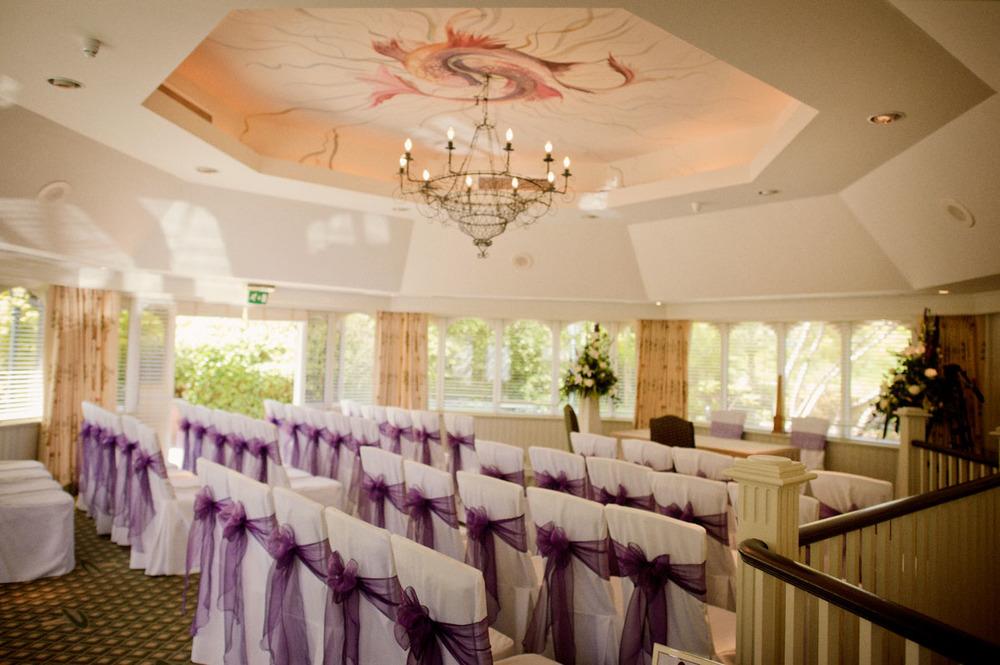 Donnington-Valley-Hotel-Wedding-Photographer-008.jpg