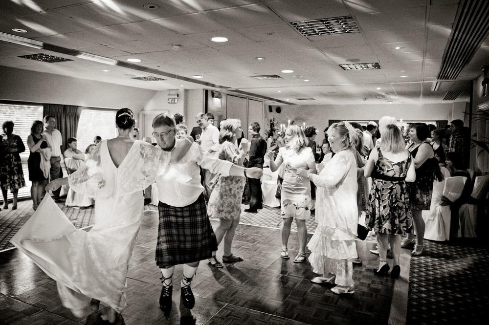 Donnington-Valley-Hotel-Wedding-Photographer-040.jpg