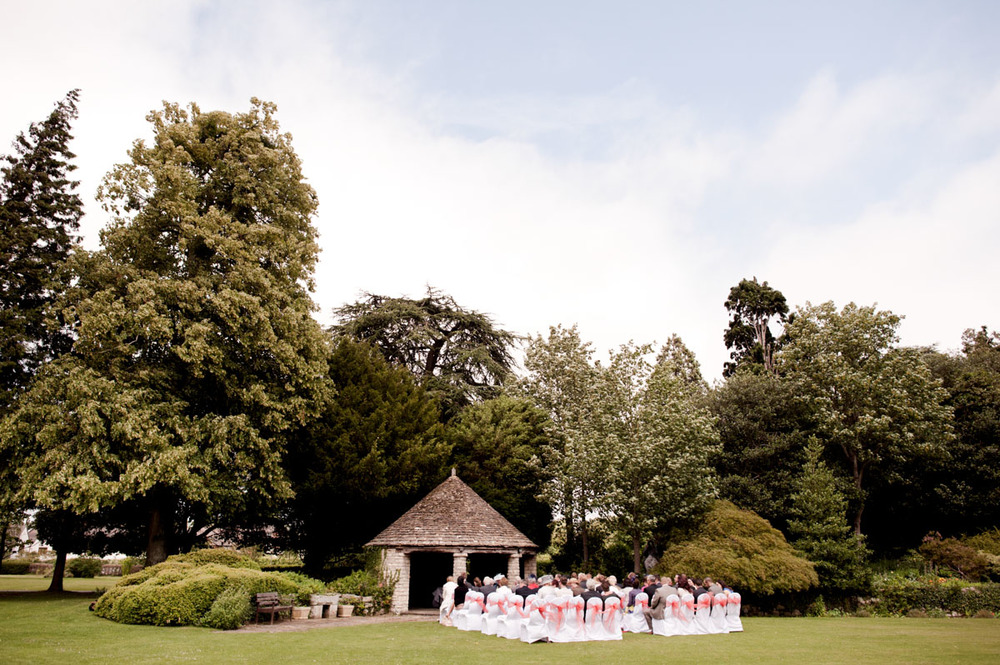 Stonehouse-Court-Wedding-Photographs-011.jpg