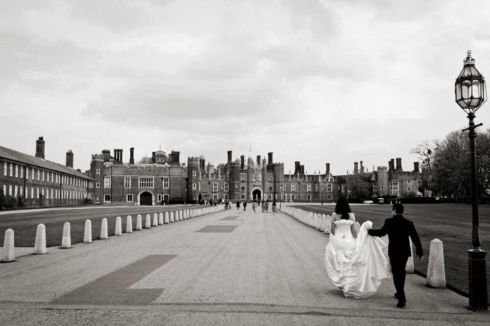 Hampton-Court-Palace-Wedding-Photography-017.jpg