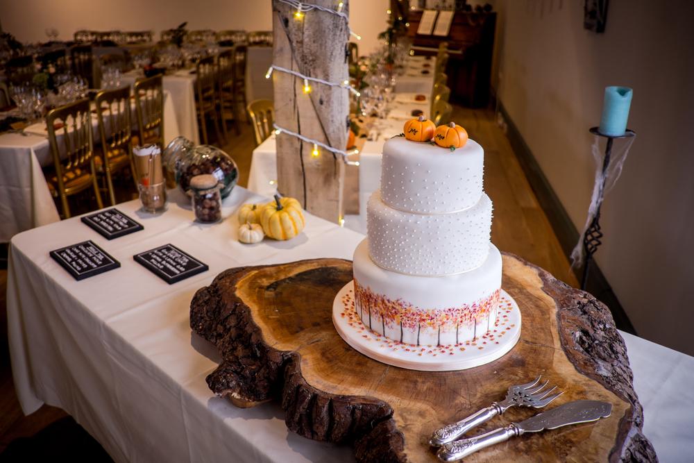 Berkshire reportage wedding photographers 003.jpg