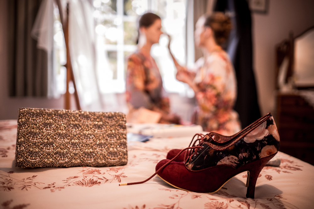 Berkshire reportage wedding photographers 004.jpg