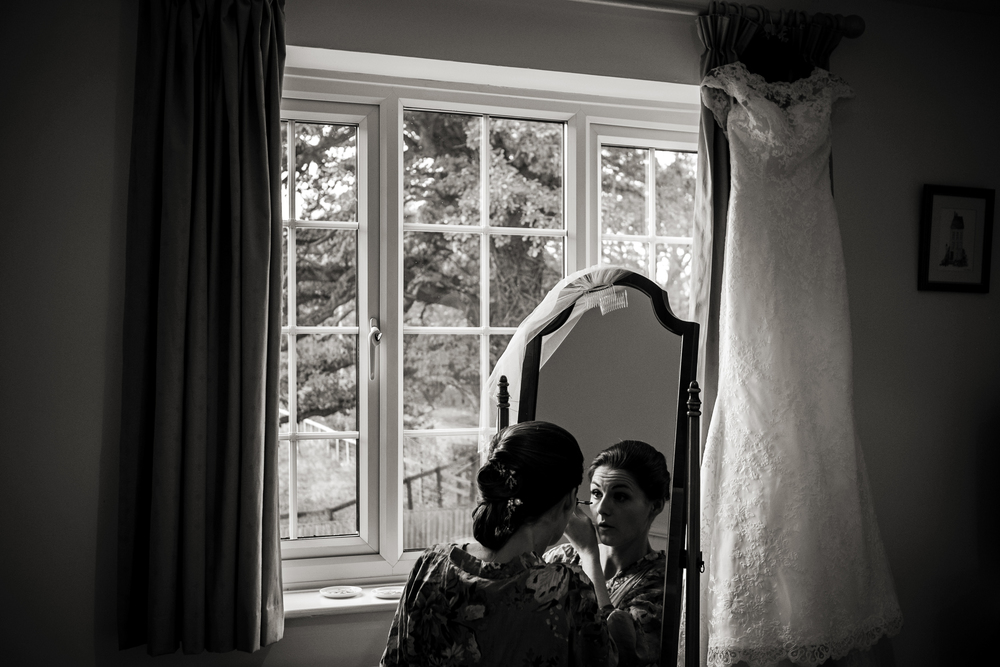 Berkshire reportage wedding photographers 006.jpg