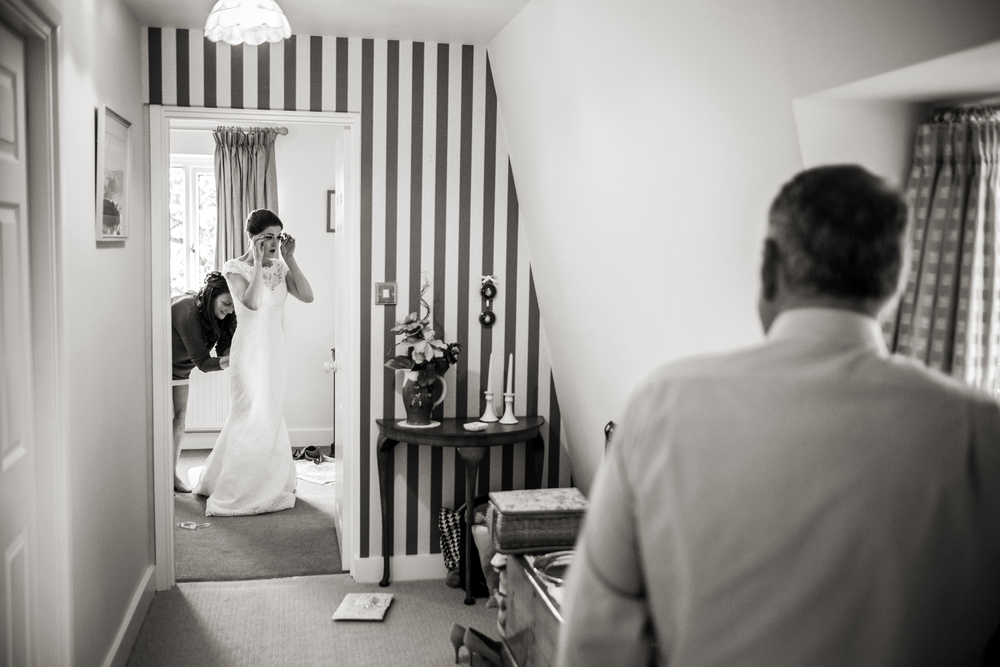 Berkshire reportage wedding photographers 008.jpg