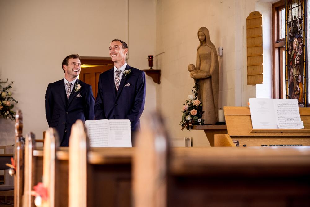 Berkshire reportage wedding photographers 009.jpg