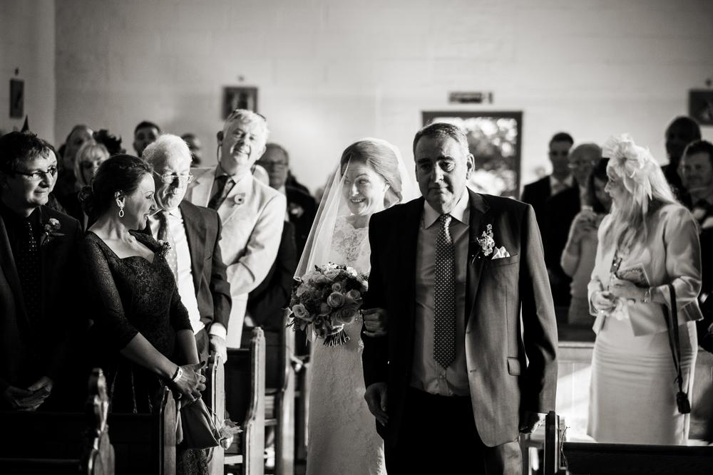 Berkshire reportage wedding photographers 011.jpg