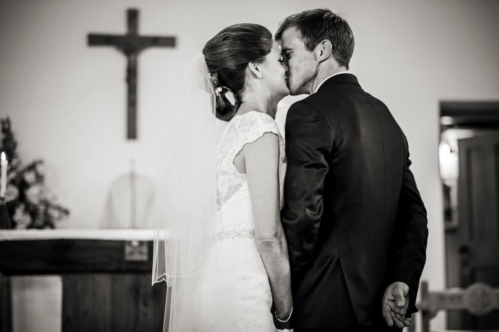 Berkshire reportage wedding photographers 013.jpg