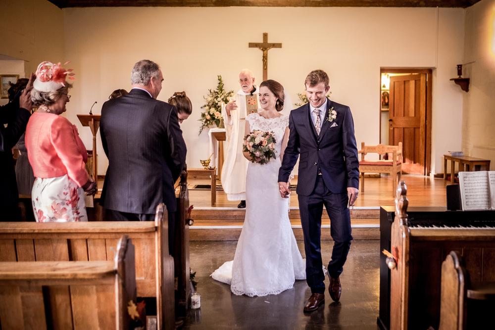 Berkshire reportage wedding photographers 015.jpg