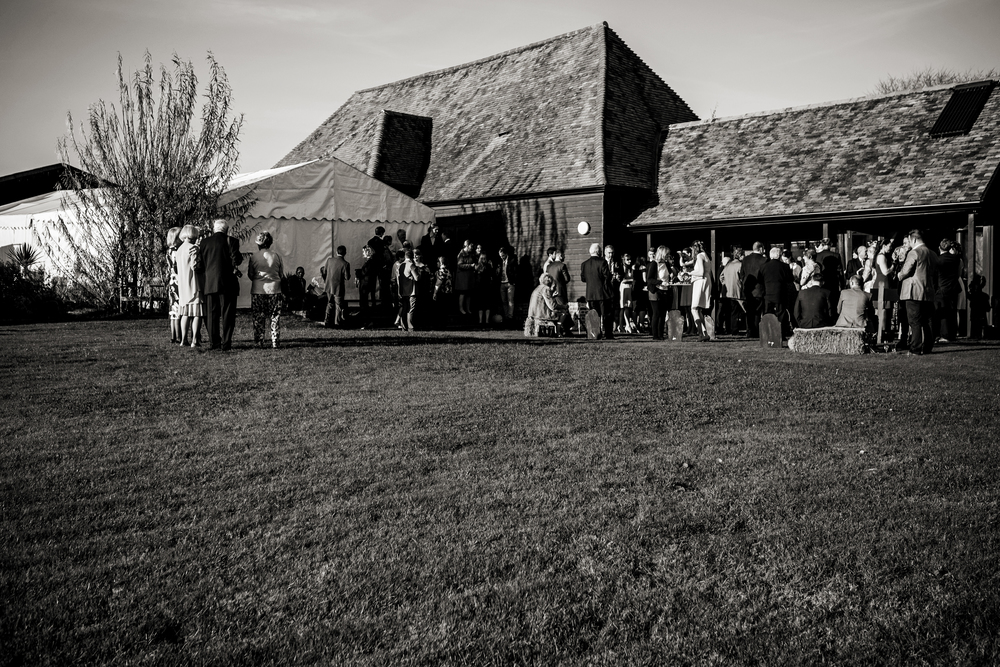 Berkshire reportage wedding photographers 019.jpg