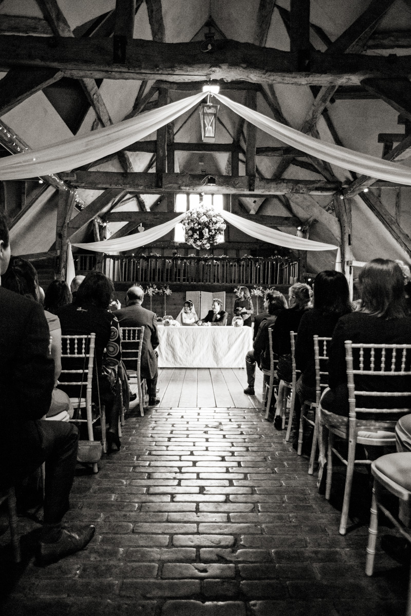Wedding Photography at Lains Barn 010.jpg