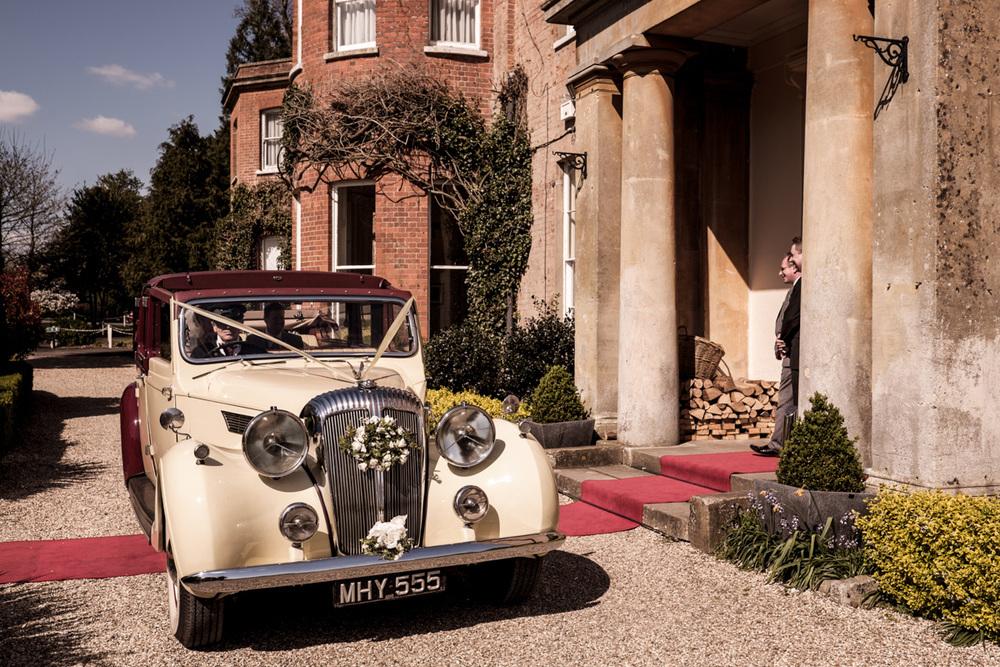 Wedding Photography at Elcott Park 001.jpg