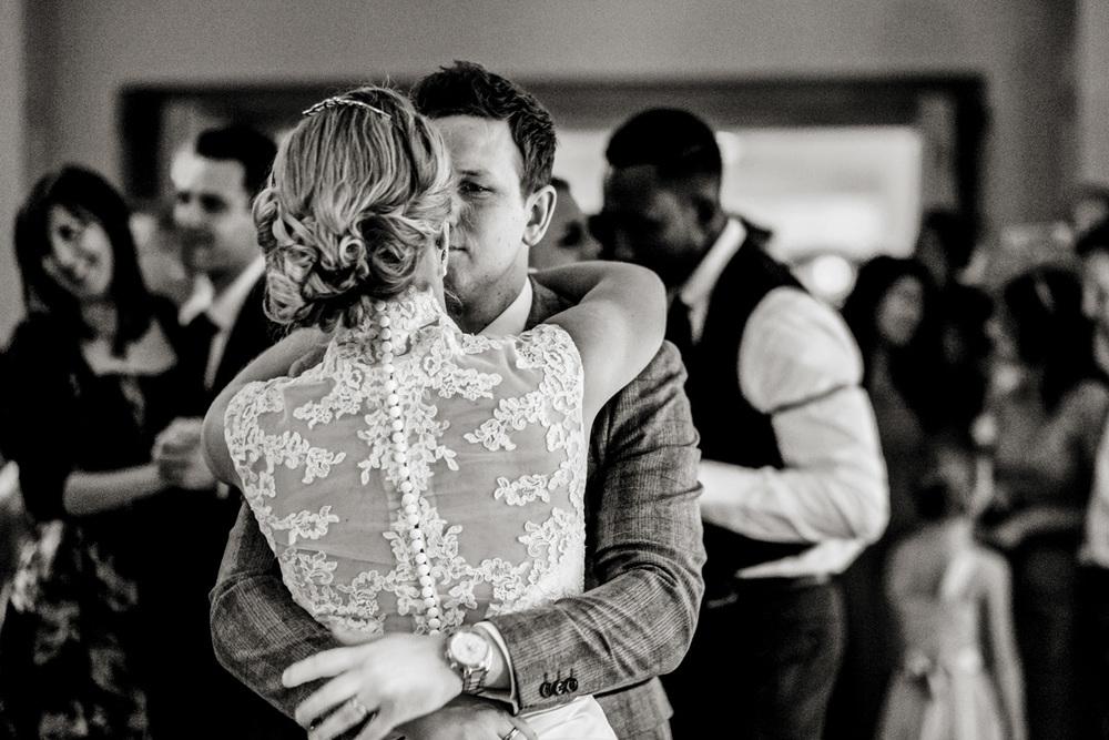 Wedding Photography at Elcott Park 018.jpg