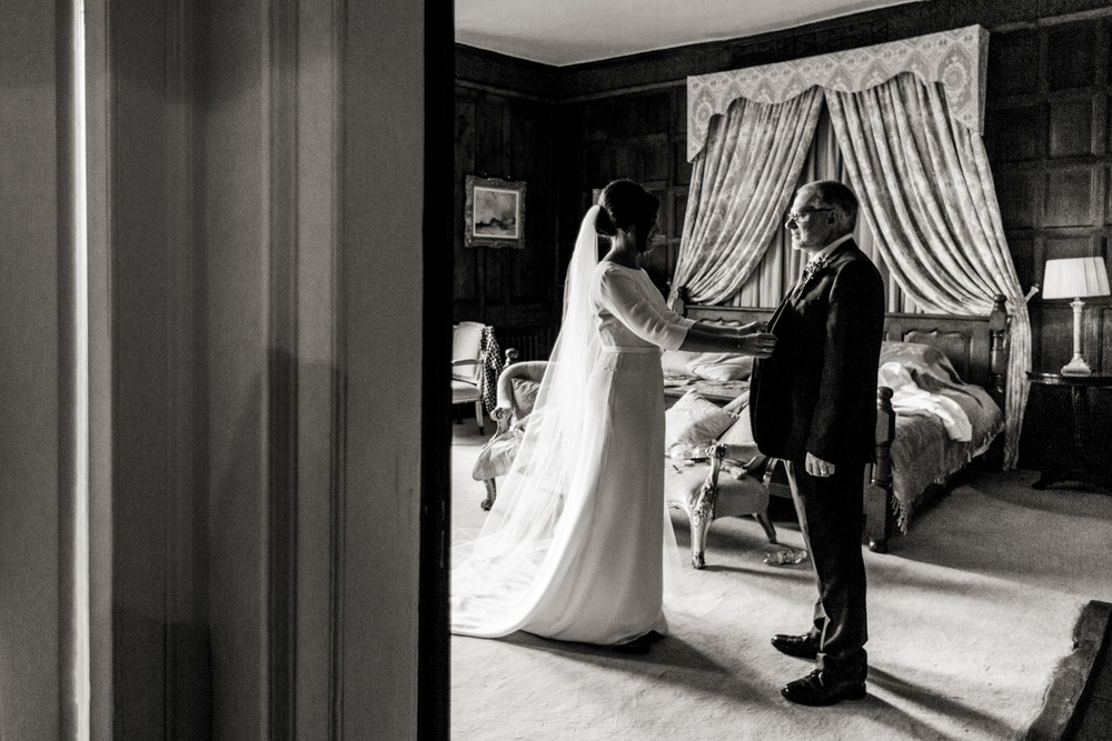 Reportage Wedding Photography Elmore Court 020.jpg