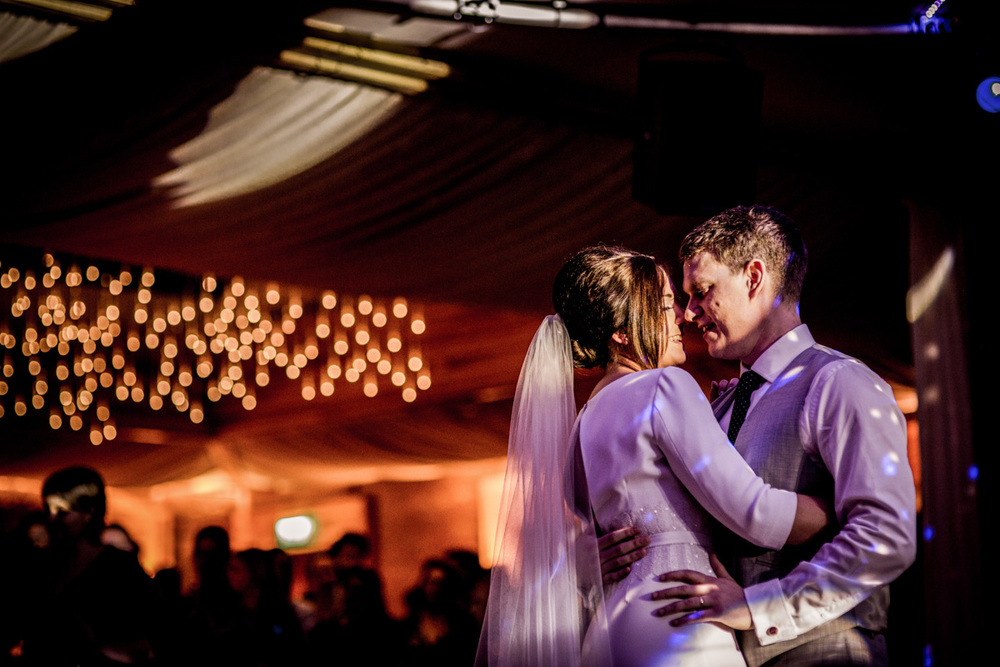 Reportage Wedding Photography Elmore Court 056.jpg