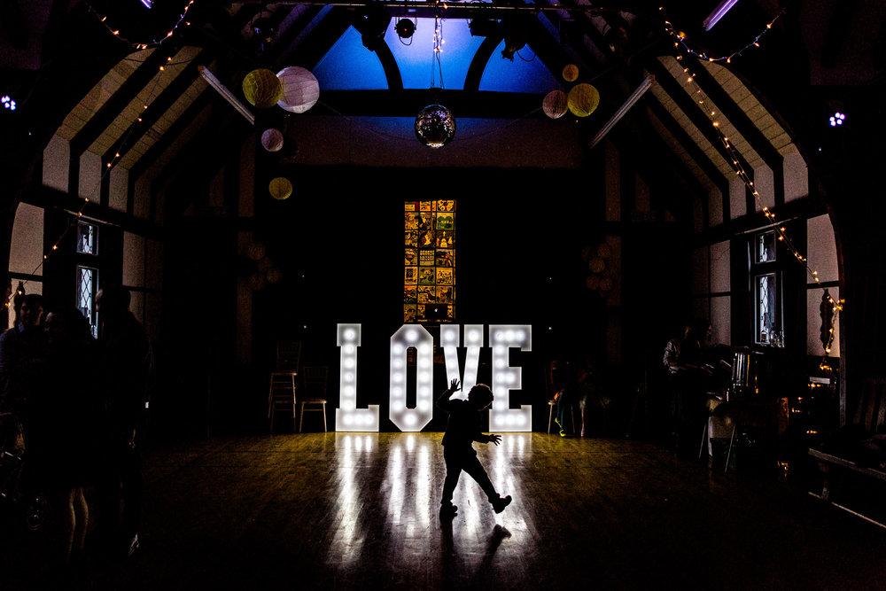 love letter silhouette wedding portrait