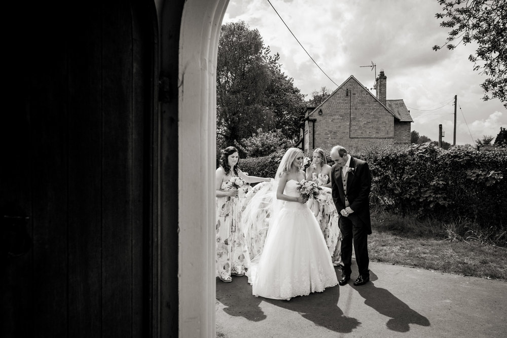 Natural Shropshire Wedding Photogaphy  012.jpg