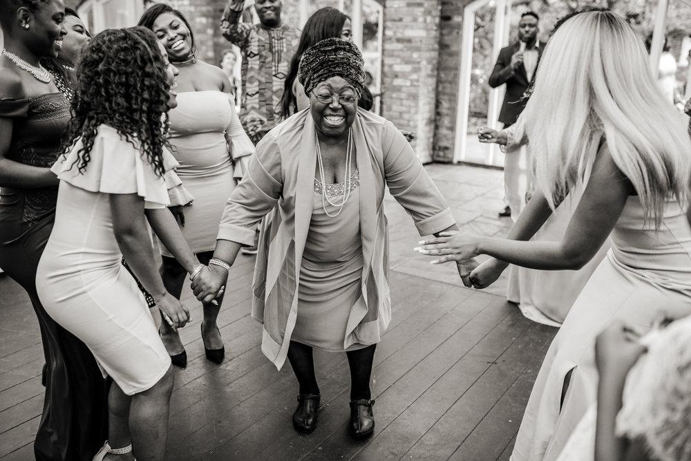 African Wedding at Northbrook Park 014.jpg