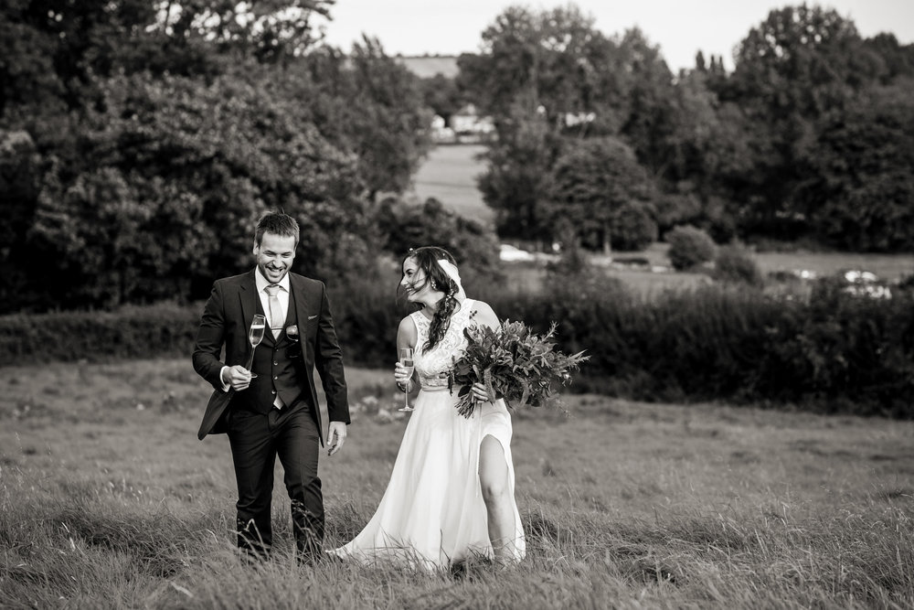 natural dorset wedding photographers 022.jpg