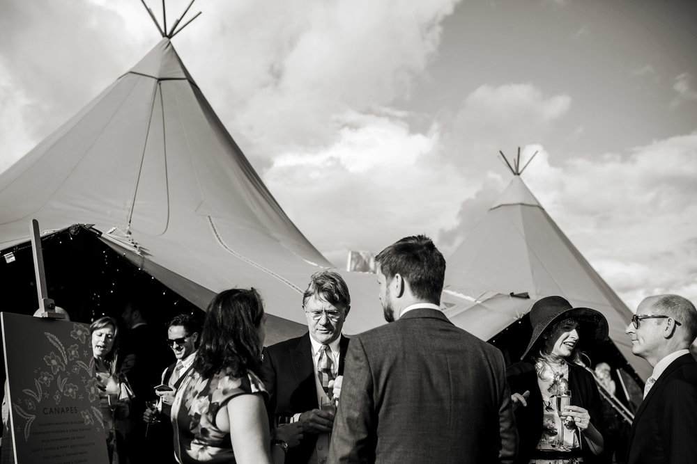 Tipi wedding photography 024.jpg