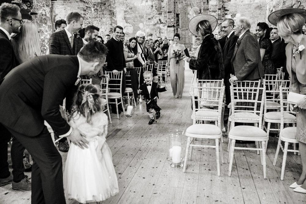 Lulworth Castle Wedding Photography 018.jpg