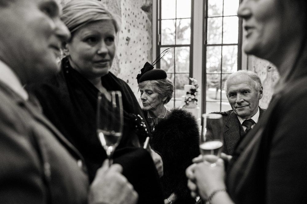Lulworth Castle Wedding Photography 029.jpg