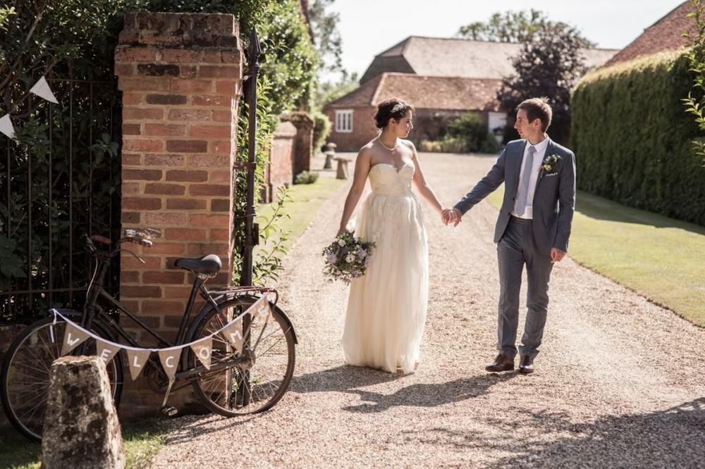 Lillibrooke-Manor-Wedding-Photo berkshire