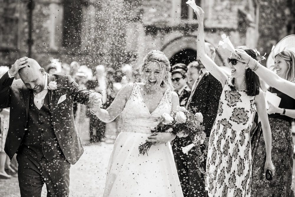 Wedding at the hospital of st cross confetti