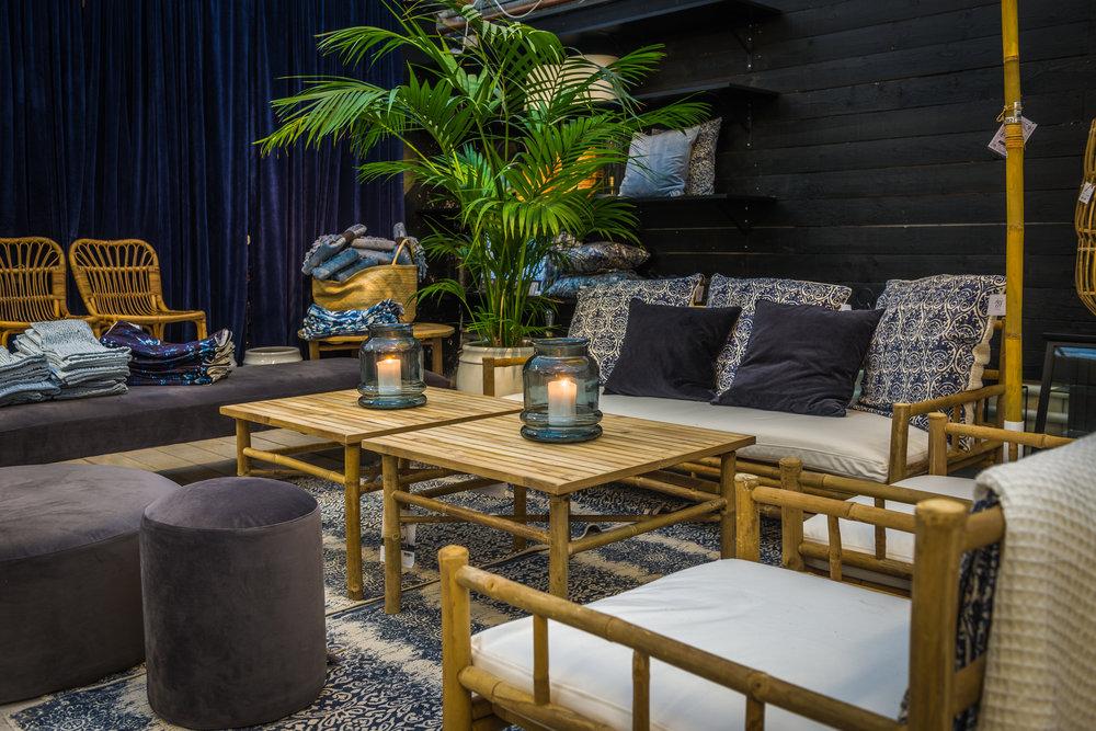 Åsbyhemochträdgård-Bambumöbler 2017.jpg