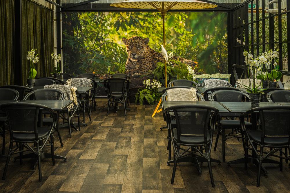 Åsbyhemochträdgård-café terrassen 2 2017.jpg