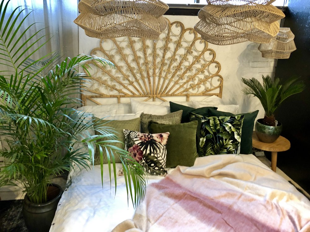 20 % rabatt på textilier - Nu har vi 20 % rabatt på alla gardiner, kuddfodral och plädar.Kampanjtid torsdag 7/3- söndag 10/3