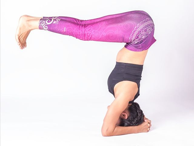 Intro to Inversions Workshop THIS Saturday! Join @wasss_wassa for a 2 hour workshop focusing on safe alignment, proper muscle engagement and the confidence needed to flip upside down! Saturday, 4/20, 2pm-4pm, $30. Register through the link in our bio!