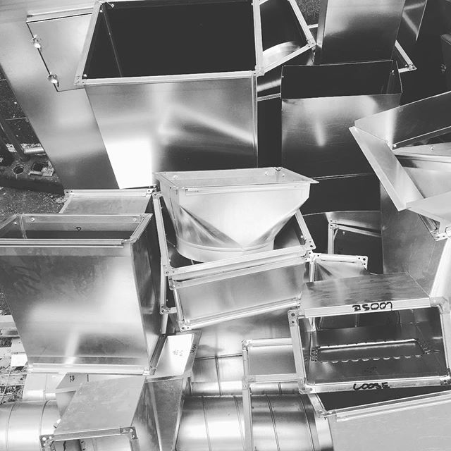 Metal shiz — #metal #art #interior #ducts #airconditioning