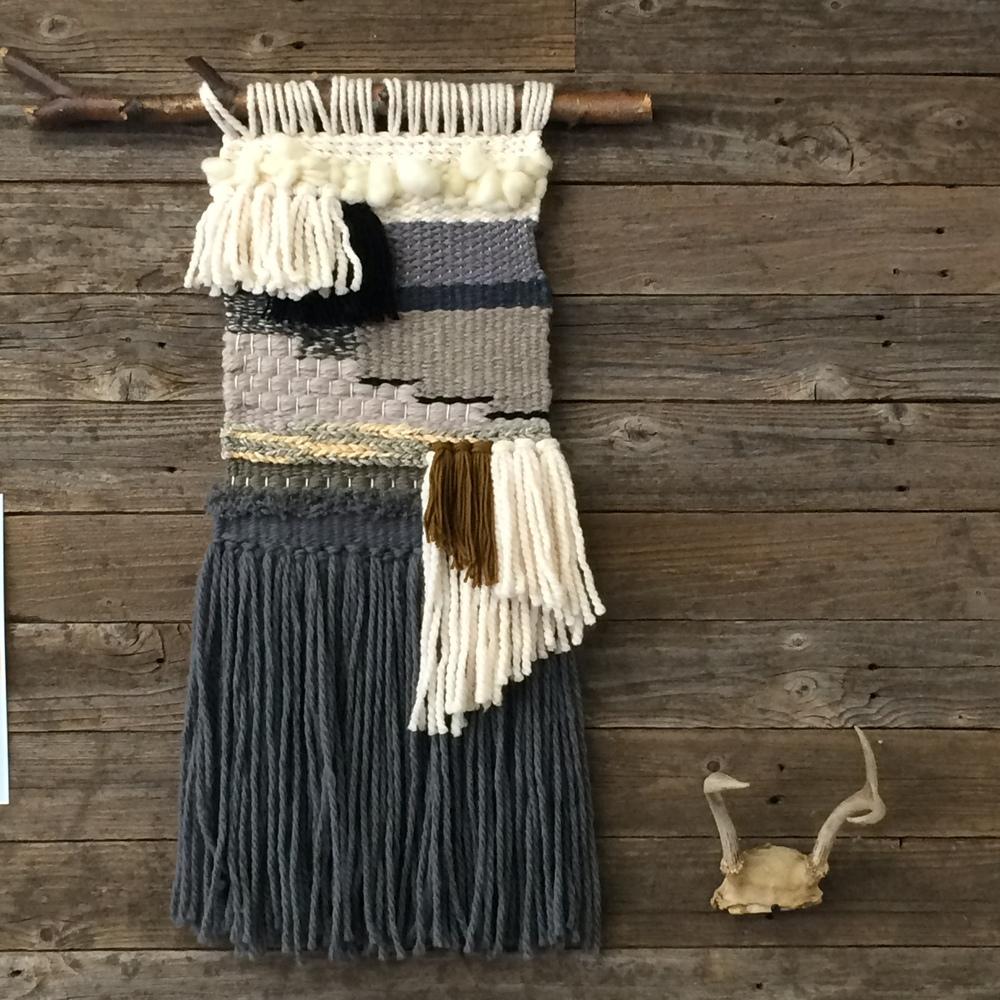 Retro Den Weavings House Sparrow Nesting