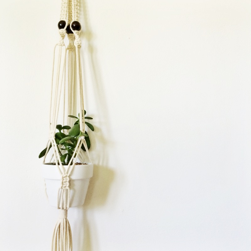 macrame hanging planter tutorial pattern.JPG