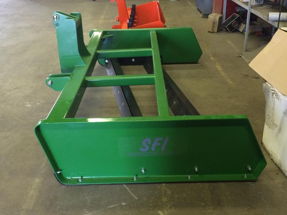 SFI Industrial Grading Scraper