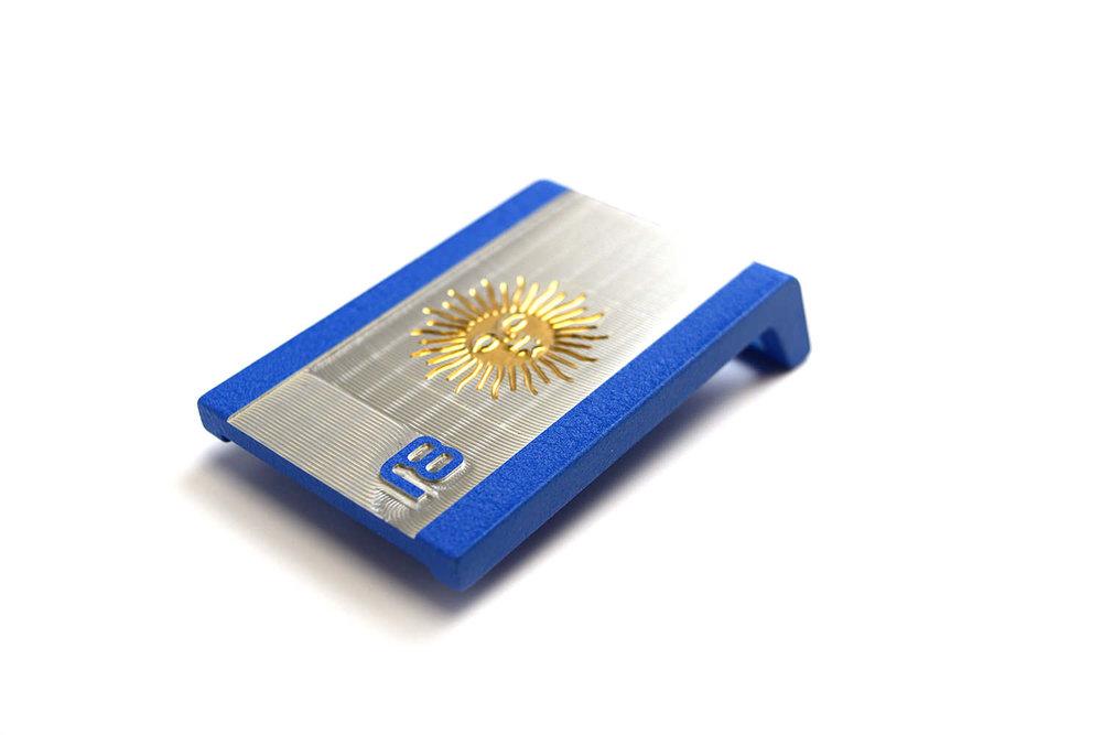 Julian Etulain (PGA) Custom Golf Belt - Textured royal blue powder coat with golden enamel paint of the Argentinian flag.