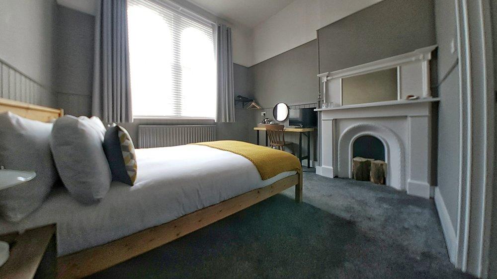 First floor bedroom 3.jpeg