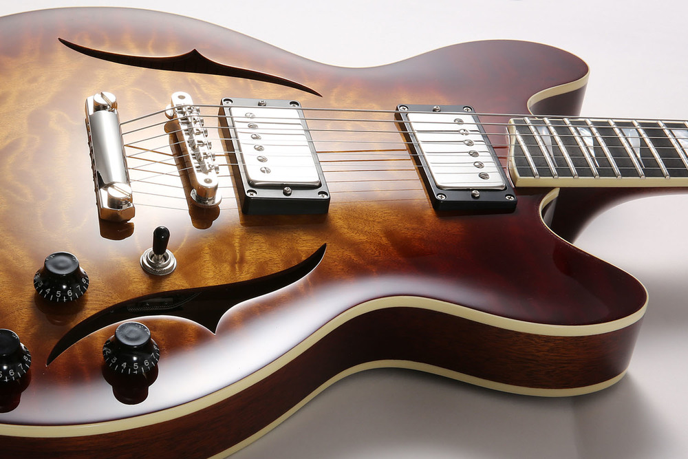J25 semi-hollow guitar