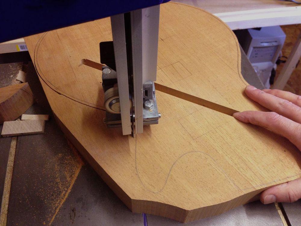 Hand build guitar