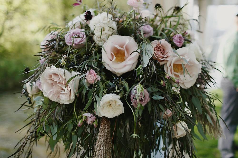 Grand Rapids, Michigan Wedding Ceremony Flowers