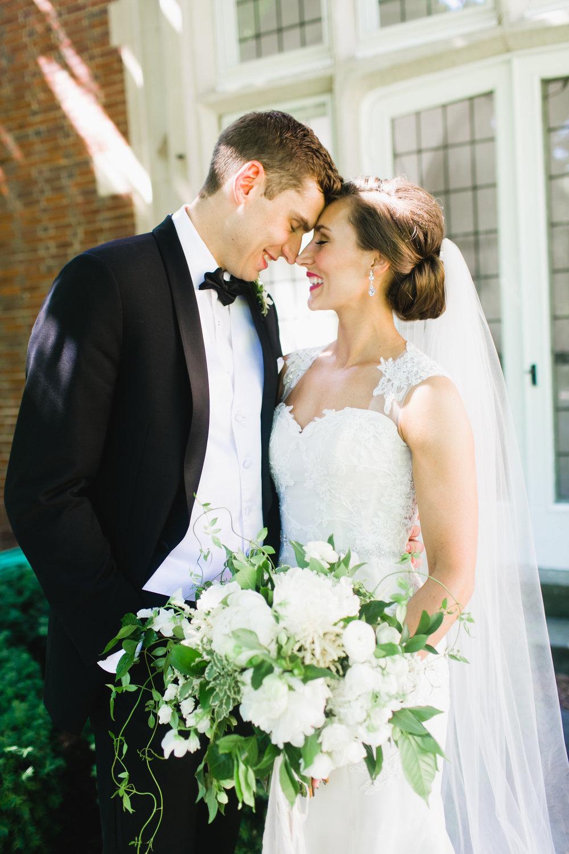 Beautiful Grand Rapids, Michigan Bride and Groom Photos