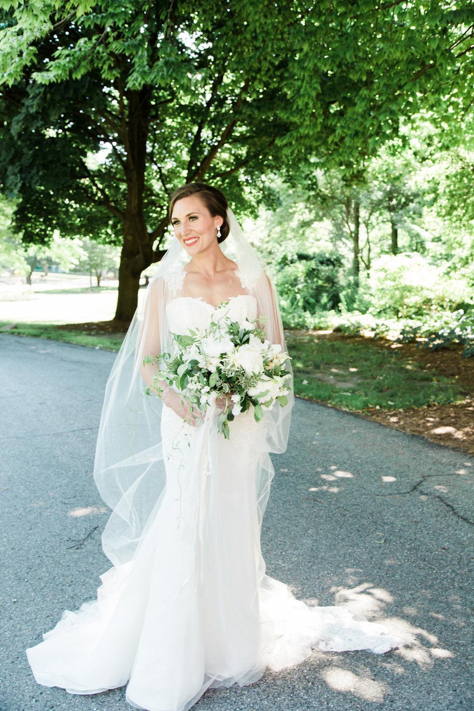 Grand Rapids, Michigan Bridal Portraits Outside