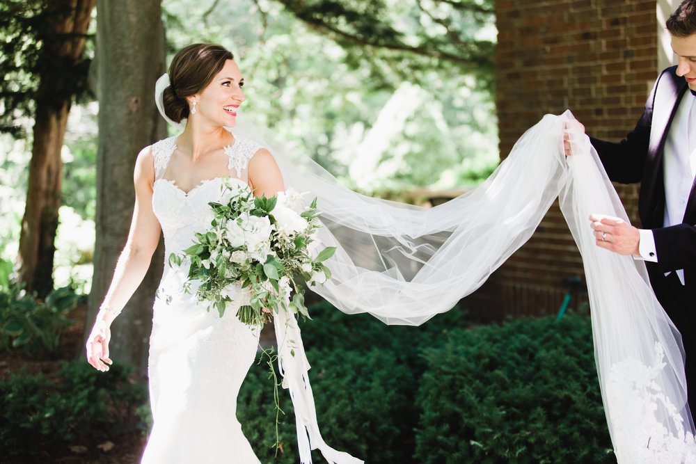 Grand Rapids, Michigan Bride and Groom Photos Outside