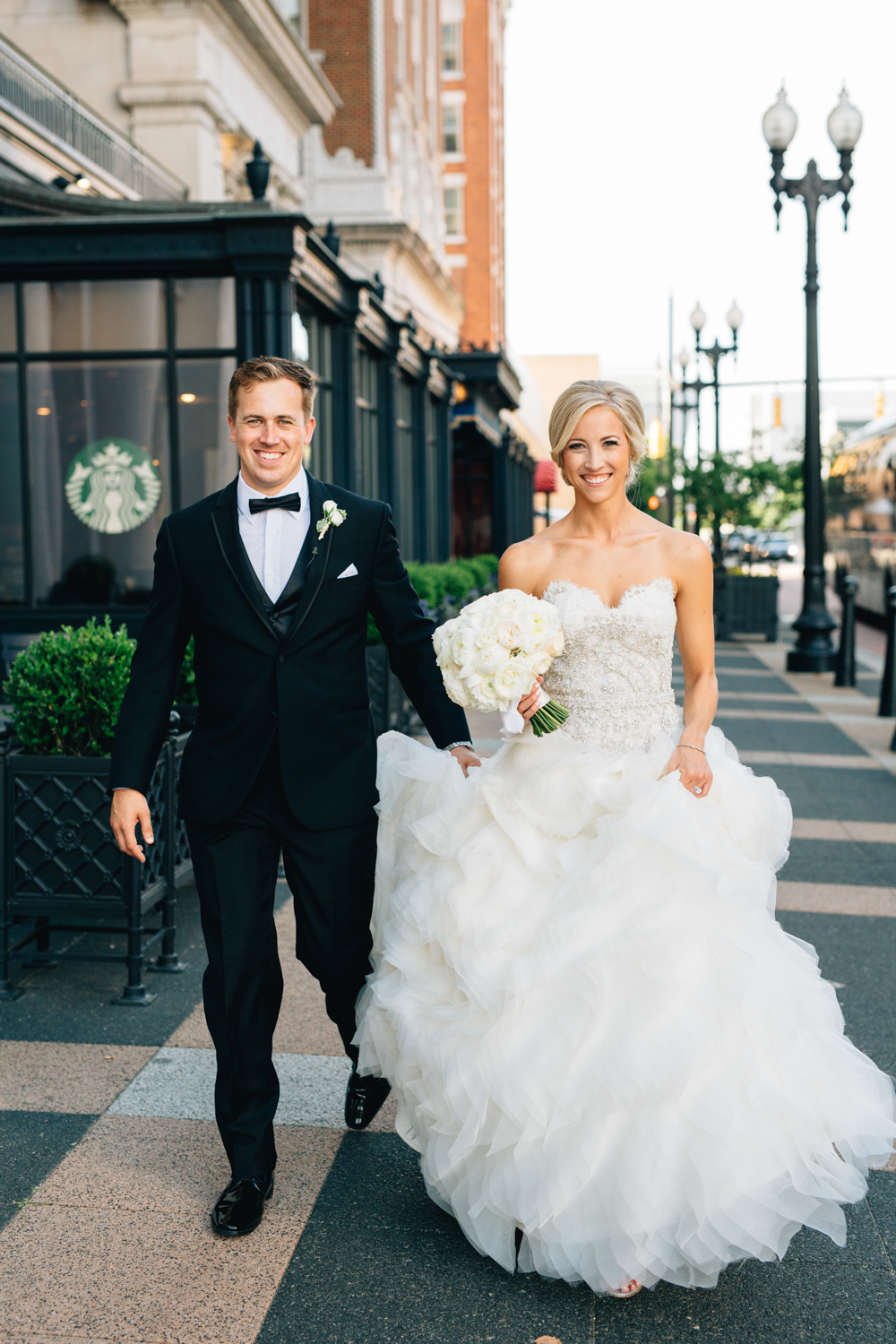 Downtown Grand Rapids, Michigan Cute Bride and Groom Photos