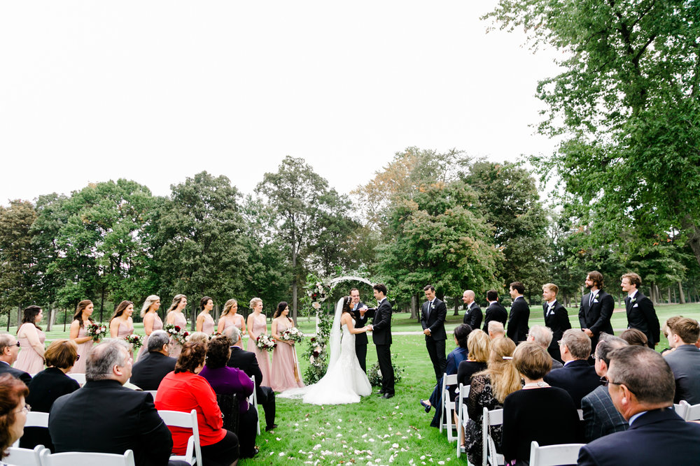 031-grand-rapids-michigan-wedding.jpg