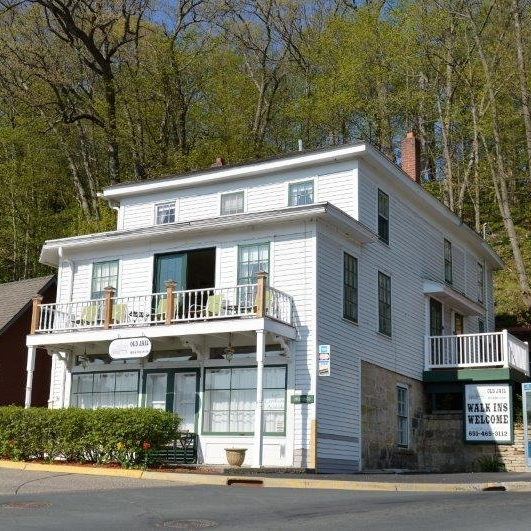 The Old Jail - bed & breakfast