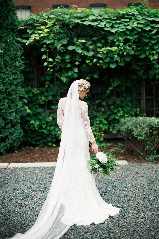 engle-olson-brooke-aho-minnesota-wedding-5.jpg