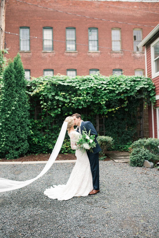 engle-olson-brooke-aho-minnesota-wedding-9.jpg