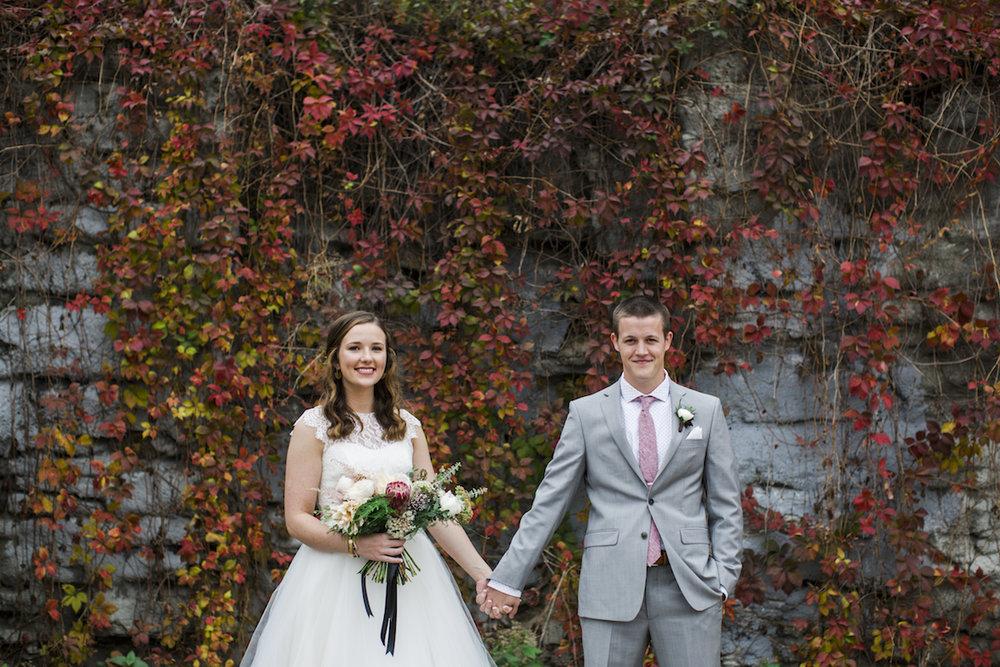 engle-olson-minneapolis-fall-wedding-28.jpg