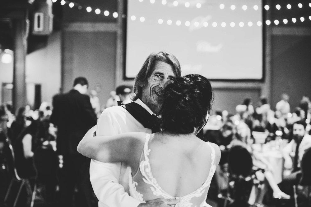 engle-olson-jen-chad-minnesota-wedding- (986 of 1332).jpg
